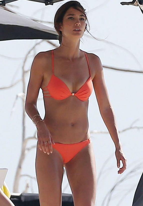 Lily-Aldridge-bikini