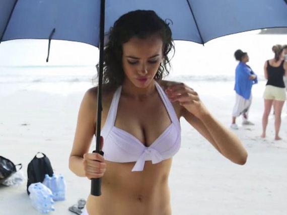 Sarah-Stephens-in-Bikini