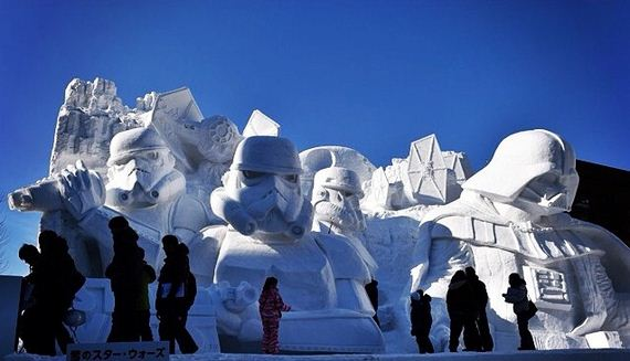 Star-Wars-Snow-Sculpture