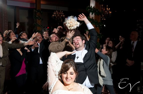 Wedding-bouquet-catch