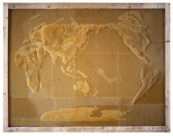 bee-map-sculpture