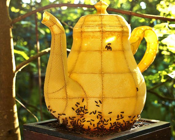 bee-teapot
