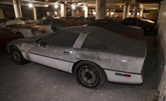 corvette_garage