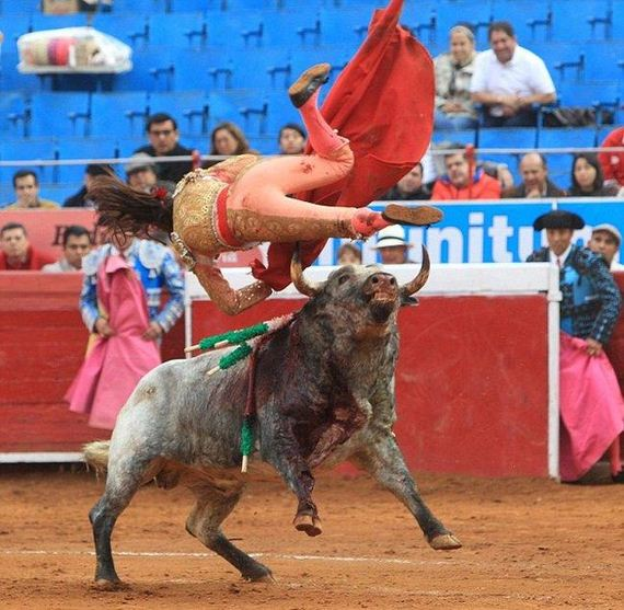 gored_bullfighter