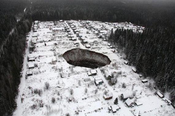 scariest_sinkholes