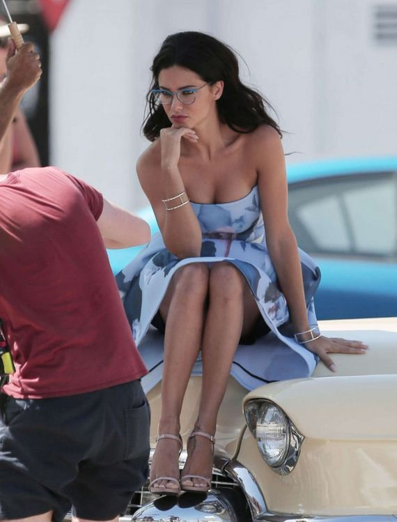 Adriana-Lima -Vogue-Eye-Wear-Line-Shoot