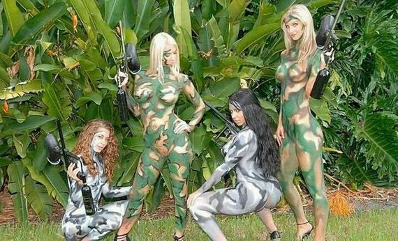 Body Painting Camo Girls Paintball