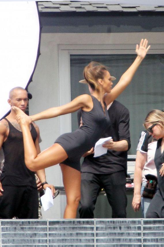 Jessica Alba Filming A Commercial In La Barnorama