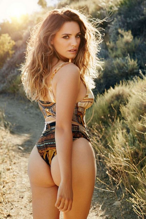 Kelly-Brook -Calendar
