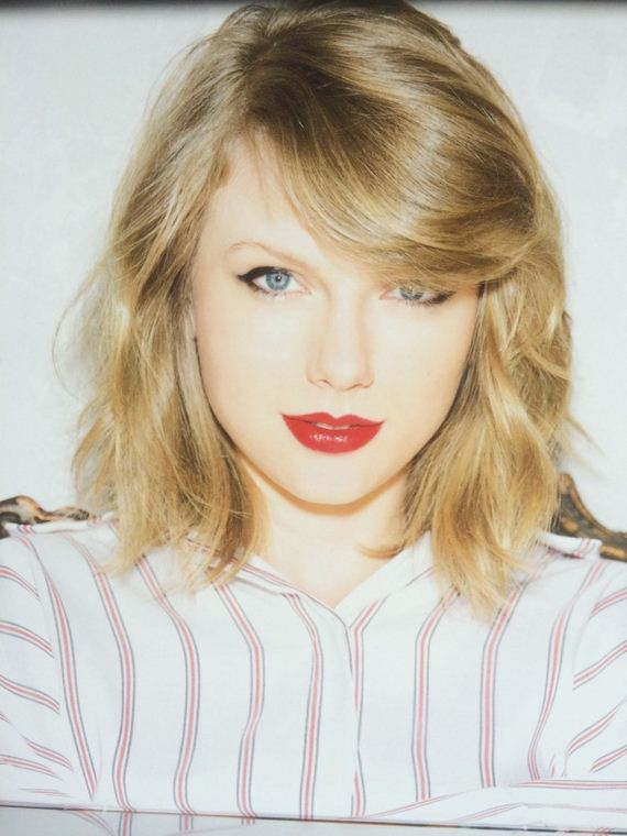 Taylor-Swift -Official