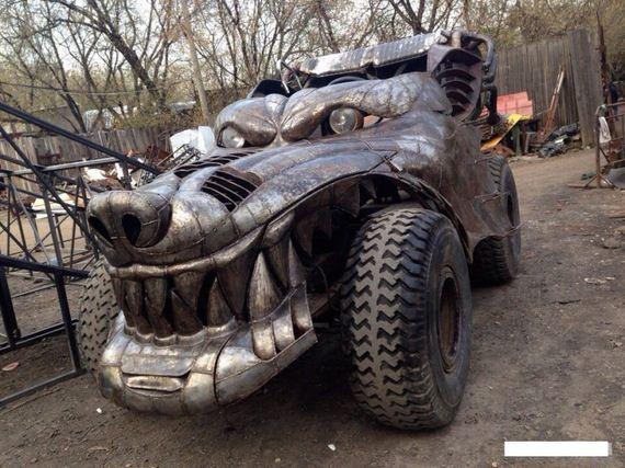Wolfen-Dragon-Car