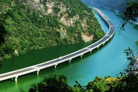 highway_over_the_water