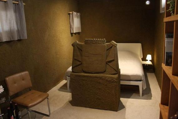 hotel_made_of_sand