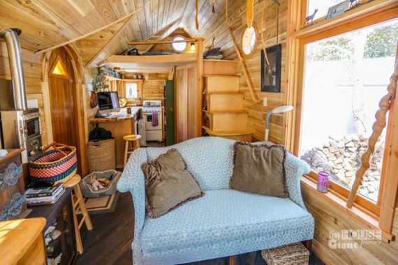 These People Live In Tiny Houses That Are Really Awesome - Barnorama