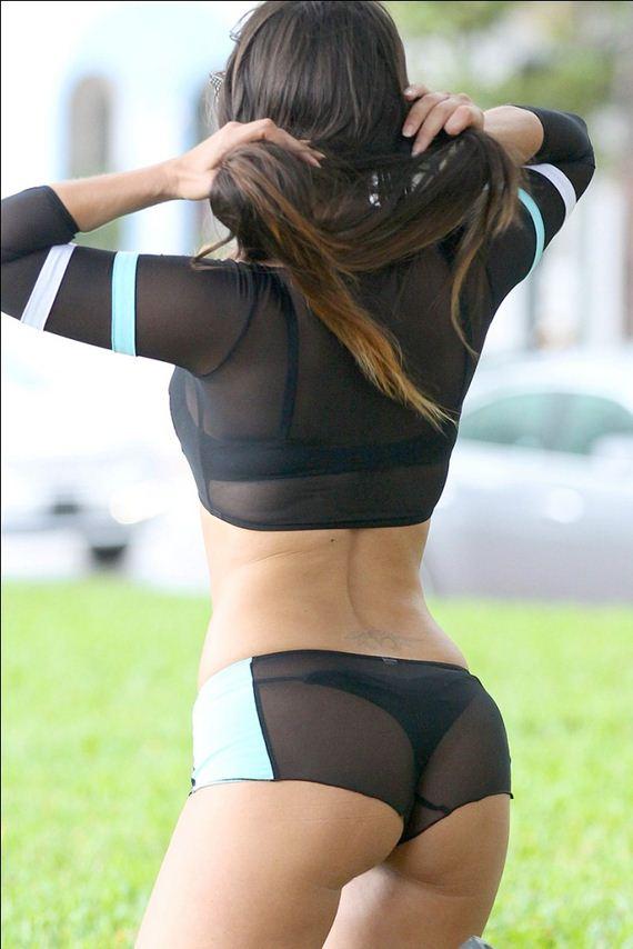 Claudia-Romani-Booty