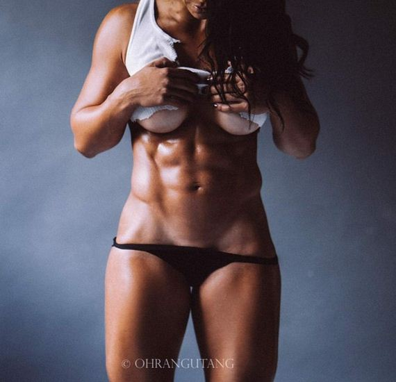 Girls-with-Abs-1
