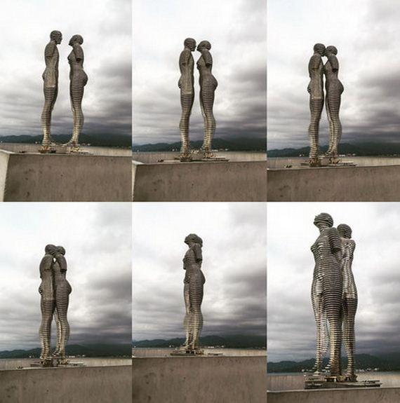 Statues-Move