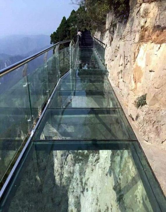 glass_bottom_walkway