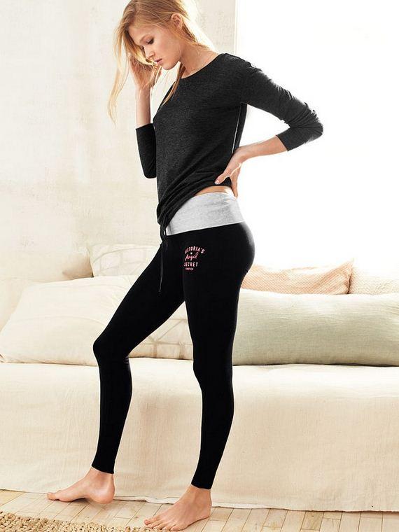 Girls-in-Yoga-Pants-1-6