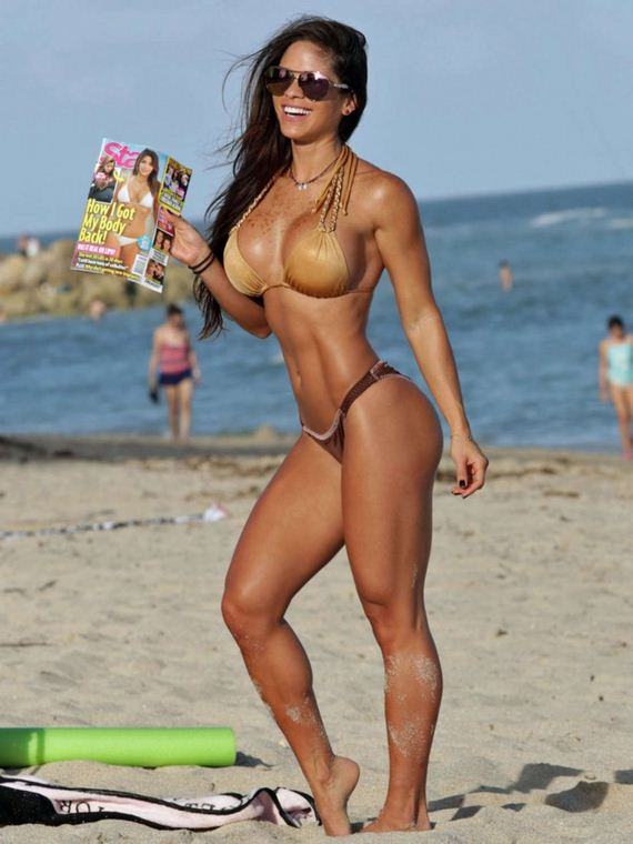 Michelle-Lewin-Hot-in-Bikini