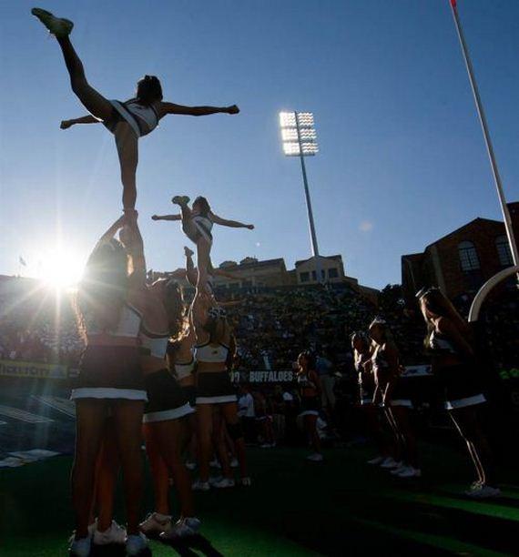 college-cheerleaders
