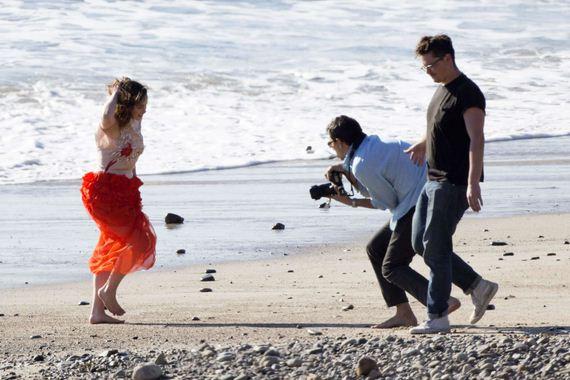 Emilia-Clarke-beach