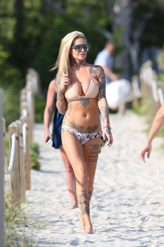 Jemma-Lucy-in-Bikini