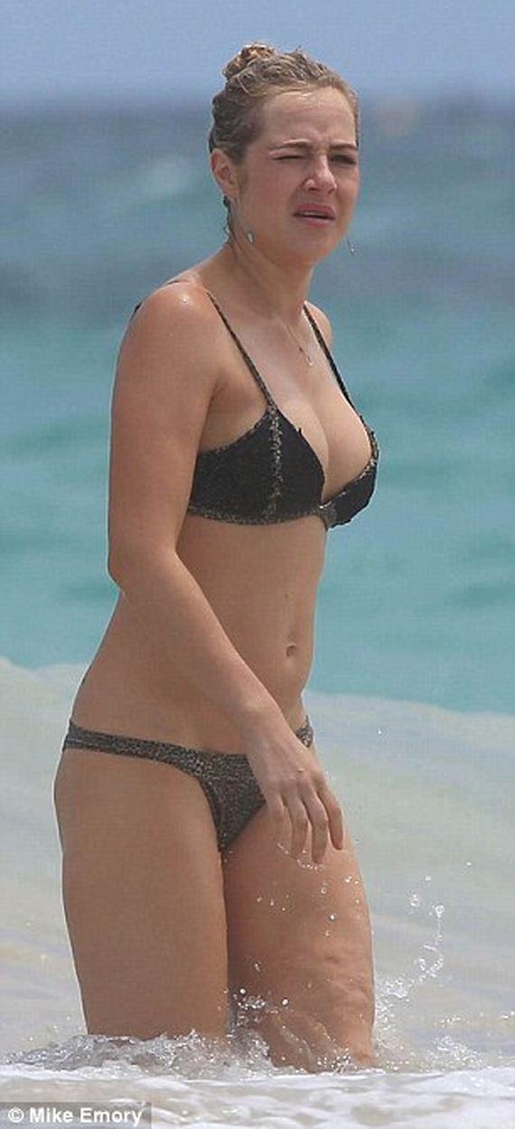 Jessica-Marais-bikini