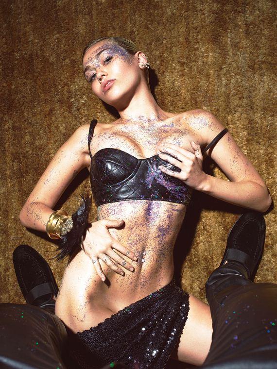 Miley-Cyrus-piggot