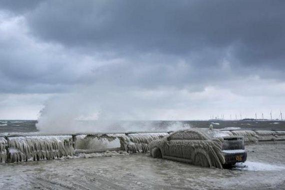 lake_car