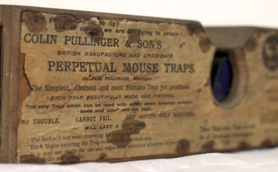 old_antique_mouse_trap