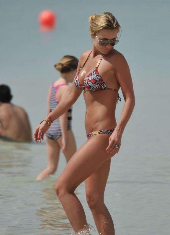 Alex-Gerrard-in-Bikini