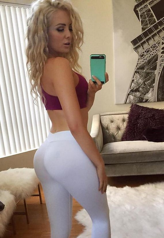 Girls-in-Yoga-Pants-5-4