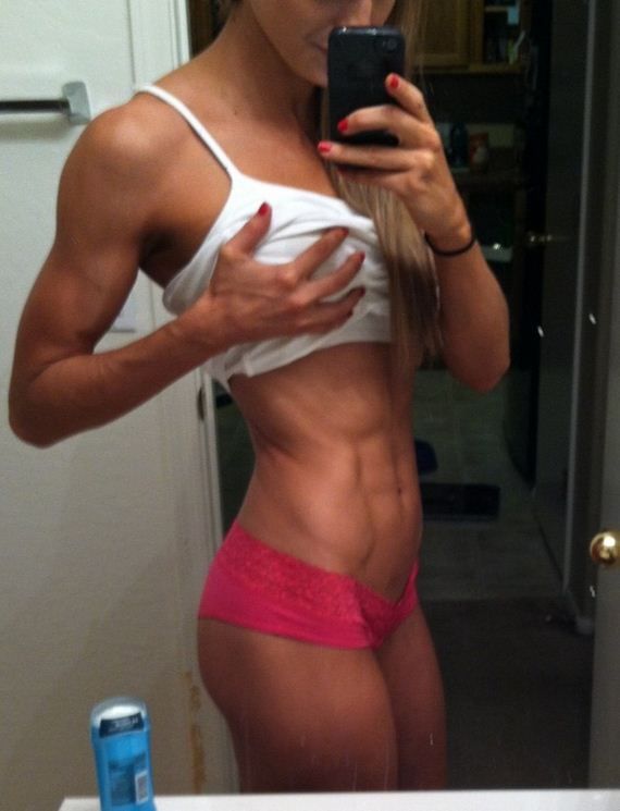 Girls-with-Abs-4-8