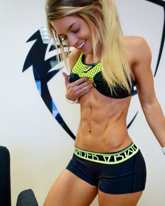 Girls-with-Abs-6-3