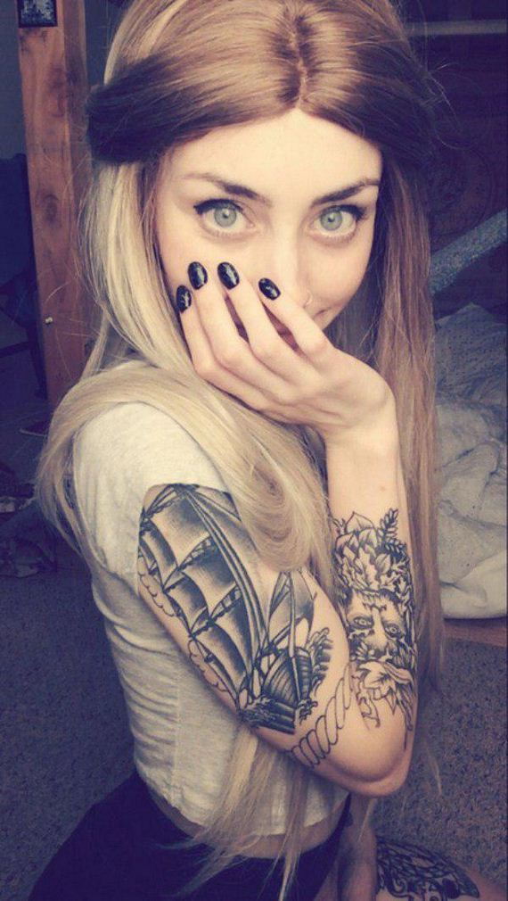 Girls-with-Tattoos-3-28