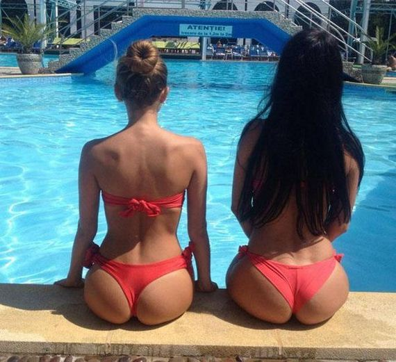 Hump-Day-Butts-4-27