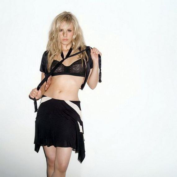 Kristen-Bell-5-16