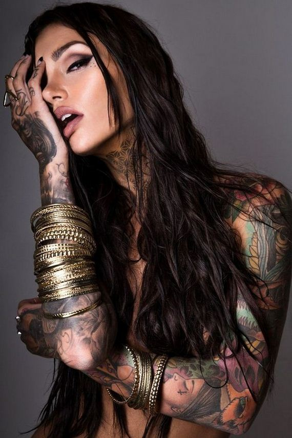 Women-with-Tattoos-3-31