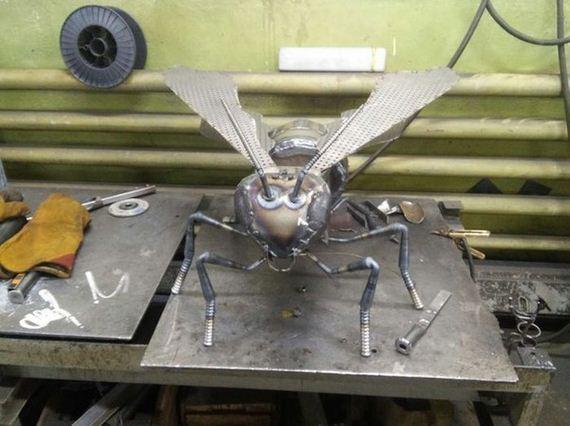 iron_bee