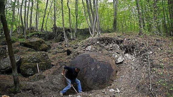 massive_stone