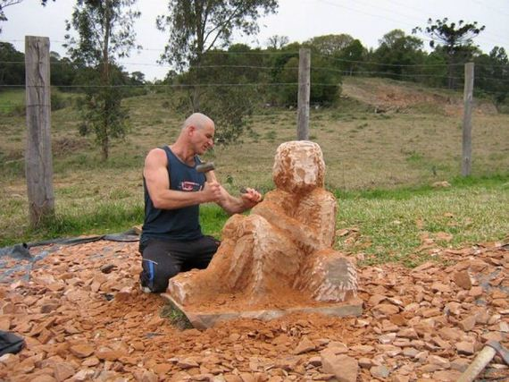 sculpture_made_of_stone