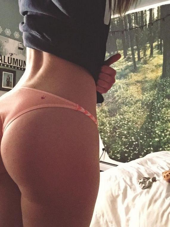 Jiggly Hump Day Butts To Get You Through Wednesday Barnorama