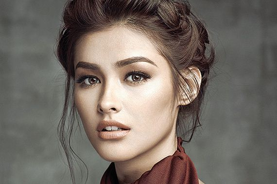 Liza-Soberano