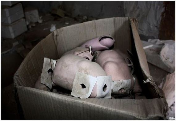 abandoned_doll_factory