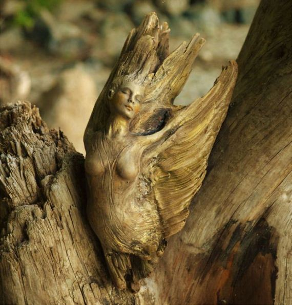 driftwood_spirit_sculptures