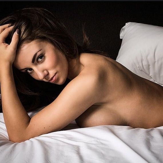 girls-in-bed-10-19