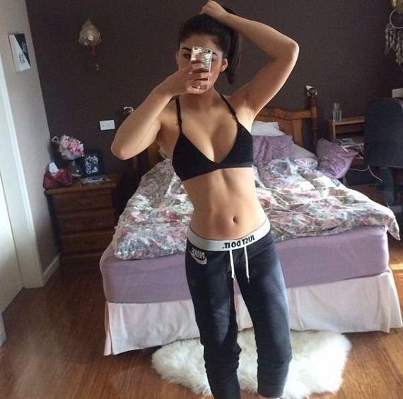 girls-sports-bras