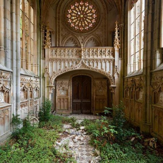 incredibly_beautiful_photos_of_abandoned_places