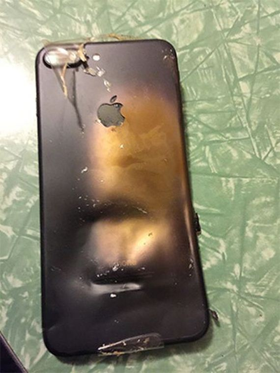 iphone_7_exploded